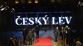 Záznam: Příchody hostů na předávání cen Český lev