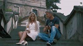 Dominika Myslivcová a Martin Maxa mají duet s názvem Věk jsou jen čísla.