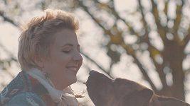 Anna Julie Slováčková & Aura | Sluneční zář
