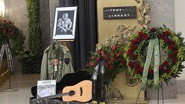 Záznam: Poslední rozloučení s Tonym Linhartem