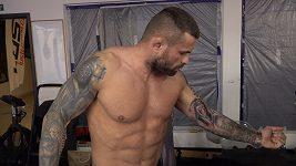 Karlos Vémola tetování