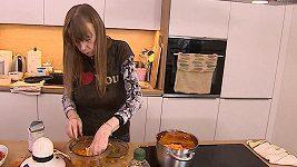 Lenka Kořínková potřebuje při vaření asistenty