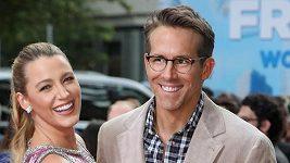 Blake Lively a Ryan Reynolds na premiéře Free Guy