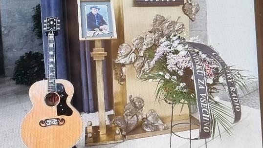 Živě: Poslední rozloučení s Františkem Nedvědem
